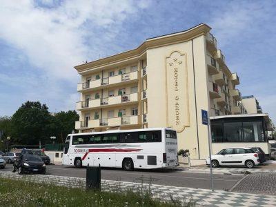 Noleggio Bus con Conducente per Gite al Mare. Noleggio bus Brescia.