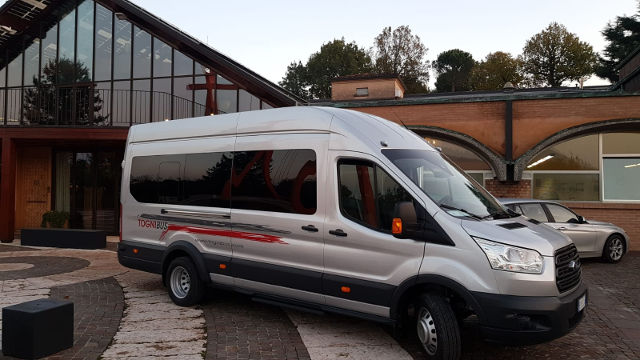 Bus navetta da Brescia per la riviera adriatica settentrionale